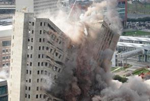 Skyscraper-demolished_295