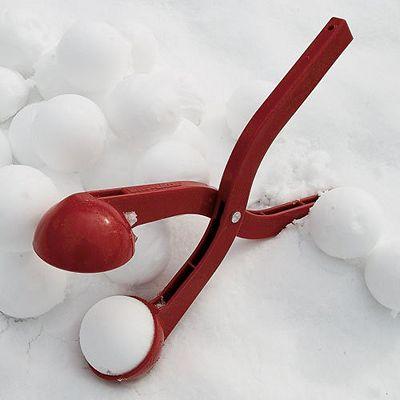 400px-snowball_maker