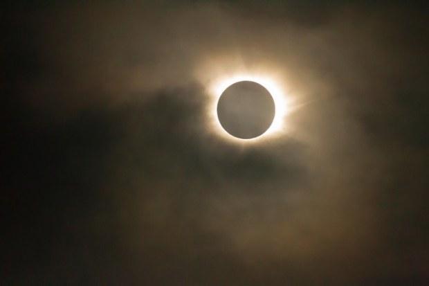 borowitz-trump-sun-blocking-moon